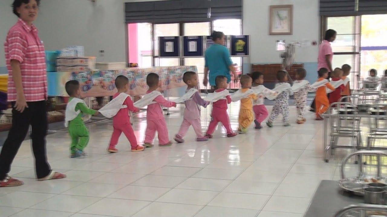 สถานสงเคราะห์เด็กอ่อนรังสิต Presentaion Official