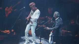 鄭中基Play It Again世界巡迴演唱會香港站 09.晴天陰天雨天(父子結他合奏)