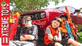 Download Extreme Toys TV - Sneak Attack Squad! Official Music Video. Mp3 and Videos