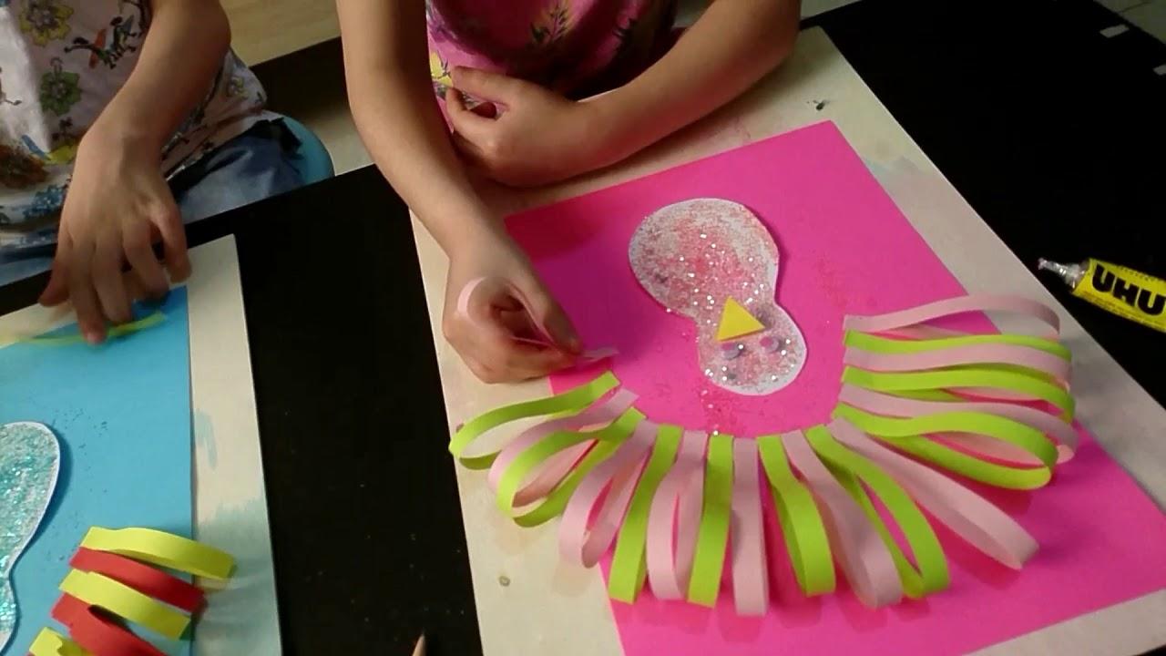 عمل طاووس بالورق الملون مع كيان وليليان Popsockets Art 4 Kids