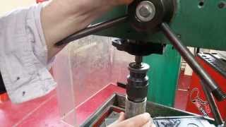 Comment reboucher un trou avec une perceuse - Trucs et astuces d'usinage partie 1