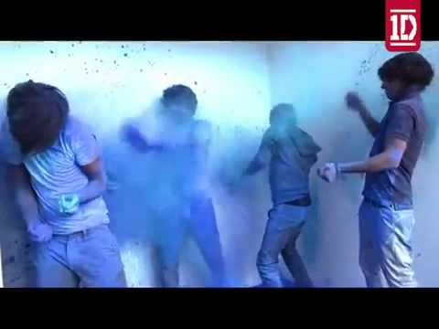 One Direction blue paint photoshoot (blue smurfs)