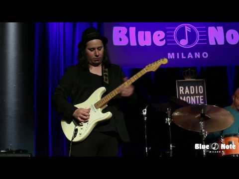 Alphonso Johnson, Frank Ricci & Chester Thompson Trio - Crescent - Live @ Blue Note Milano