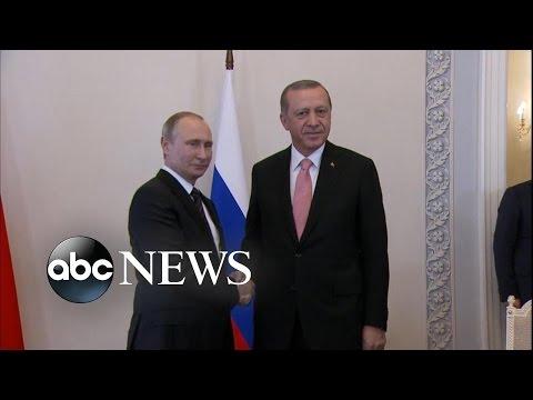 Turkey's Erdogan, Putin Meet After Coup Attempt