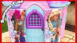 The Twins dress up as Disney Princess Elsa and Anna