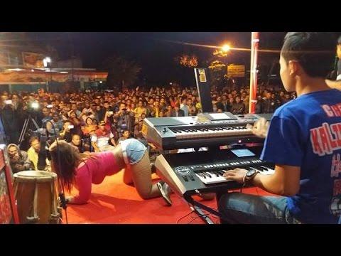 Pantai Klayar - Widya Sanova - Kalimba Musik live Barengan