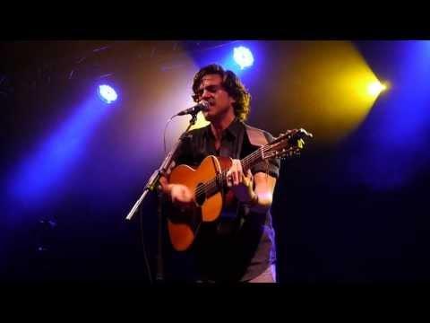 Jack Savoretti - Knock Knock (Live in Liverpool 4th November 2013)