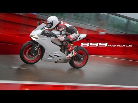 Ducati Panigale 899 - MotoGeo First Ride Review