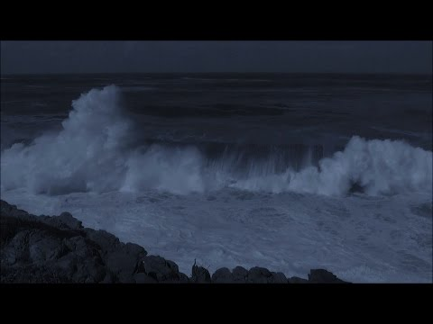 Sleep video -  soothing sounds of big ocean waves breaking at night - HD 1080P