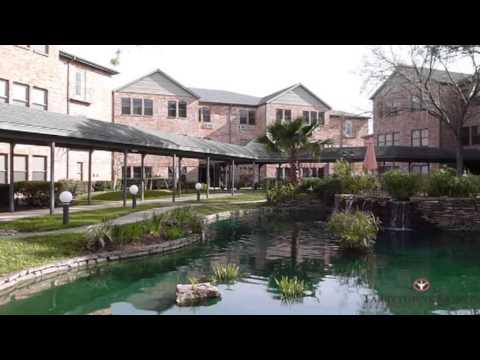 Houston Retirement Community - Tarrytowne Estates