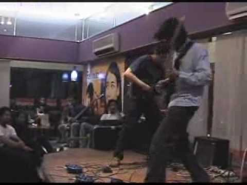 Faraz Anwar - A Dorian Jam (Guitar Workshop - Karachi)