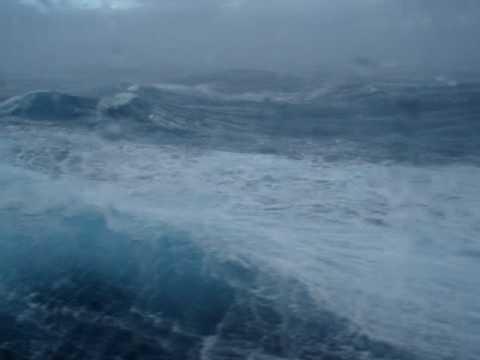 mare in tempesta su costa pacifica(maggio2010) da vedere!! seconda parte
