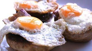 Pincho de champiñón relleno de panceta y huevo