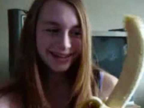 Girl deepthroat banana