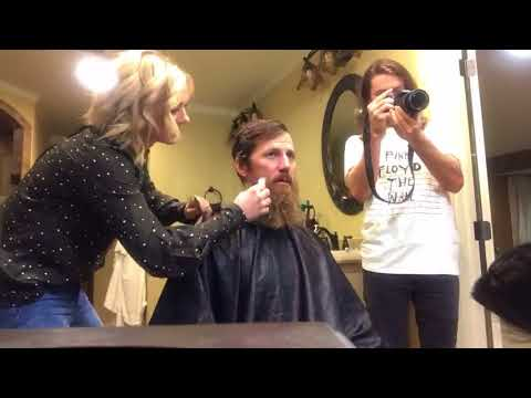 Duck Dynasty Star Jase Robertson Shaves Beard