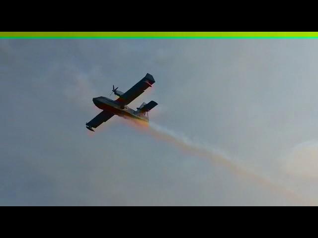 Aviones y helicópteros luchan contra el incendio de Aldeadávila de la Ribera