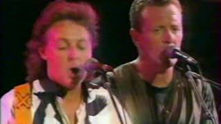 "Paul McCartney : ""Every night"" live Charlotte 1993."