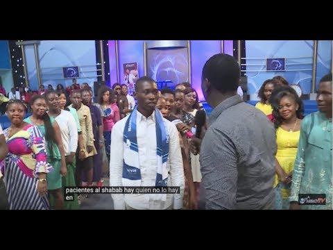 Pastor Orders Unmarried Youths To Choose Each Other For Marriage (Watch Video)