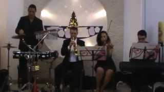 Entrada do Noivo com a música tema do filme O PODEROSO CHEFÃO - Ágape Coral