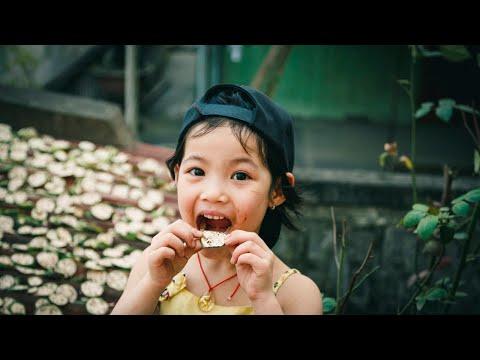 מה לעשות עם ילדה שלא רעבה כשאוכלים אבל נזכרת מאוחר יותר?