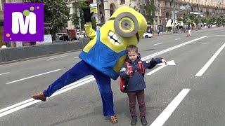 Киев День#7 на Майдане катаемся на электрокаре купим рюкзак Человек-паук встретим Миньен Фиксики