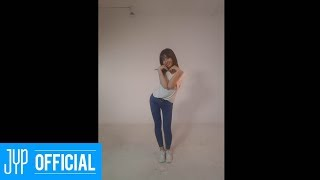 "Gambar cover MOMO ""SIGNAL"" DANCE VIDEO"