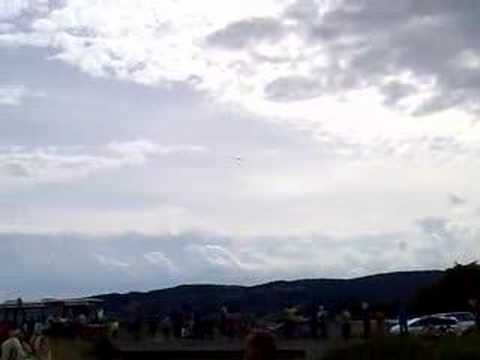 Great 2x F16 flights in Maribor Slovenia! Very Loud!!!