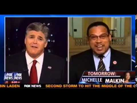 Rep. Keith Ellison and Sean Hannity throw down