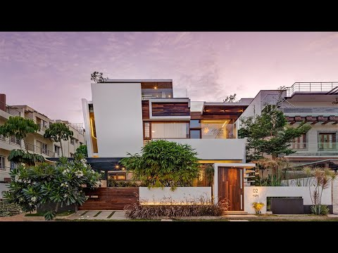 Floating Walls by Crest Architects   A contemporary residence in Bangalore