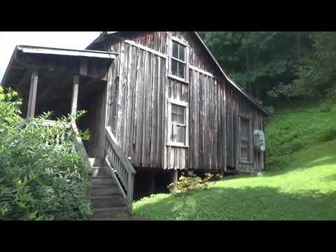 Road to Butcher Holler, Kentucky (Van Lear) Loretta Lynn's Home Place