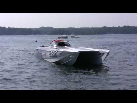 50' JBS Mystic turbine boat docking