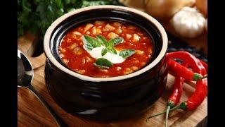 Przepis - Węgierska zupa z miasta Szeged (przepisy kulinarne Przepisy.pl)