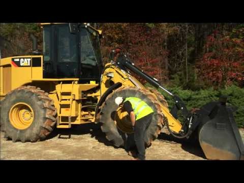 Cat® Small Wheel Loader | Daily Walk Around Inspection
