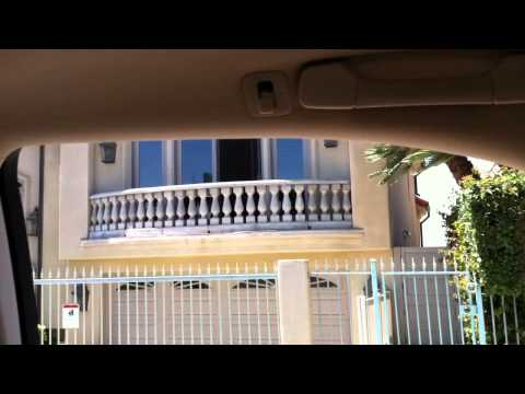 """Driving by """"The Real World"""" House in San Diego"""
