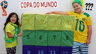 Caixa Surpresa da Copa do Mundo (Giant Smash Surprise Presents with WORLD CUP)