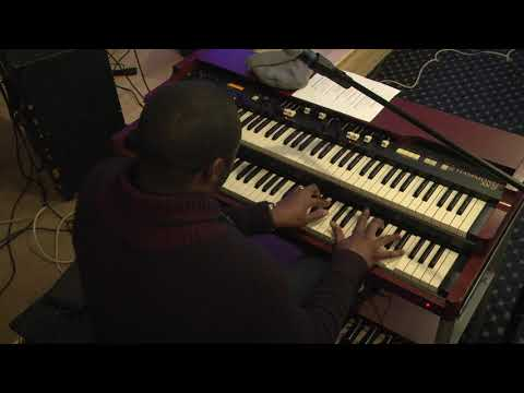 TROY CHAMBERS PLAYS HIGH PLACE EXCUSE THE BROKEN ORGAN VOLUME PEDAL