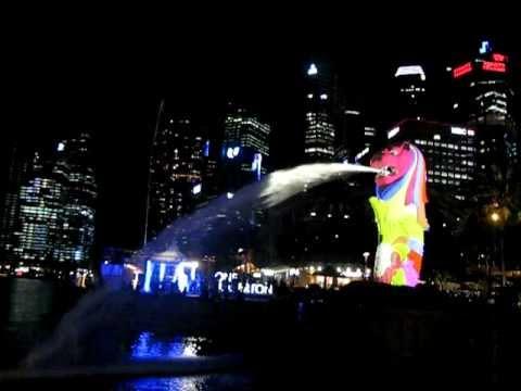 i Light Marina Bay 2012 - Light of the Merlion (Part 1)