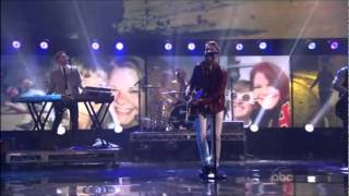 Download Video One Republic - Good Life (American Music Awards 2011) MP3 3GP MP4