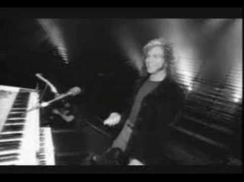 Bon Jovi - I Wish Everyday Could Be Like Christmas Video mp3