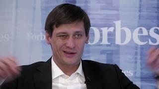 Смотреть видео Взрослый протест: Дмитрий Гудков о перемени настроений в России онлайн