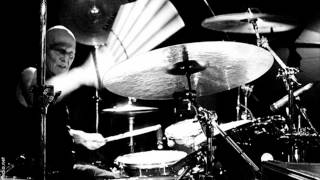 AC/DC - You Shook Me All Night Long Live @ Donington (Drum Track)