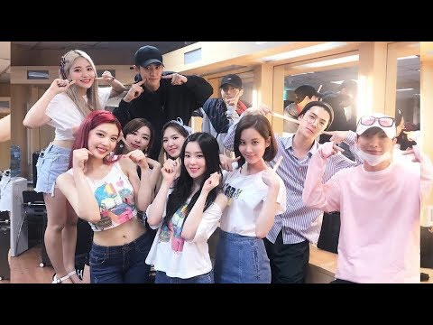 170820 Chanyeol Sehun & Suho Attends Red Velvet Concert (Red Room Concert D-3)