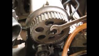 видео Замена сальника распредвала на ВАЗ 2110