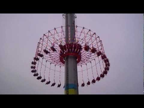 "Wendy & Todd Ride ""Windseeker"""