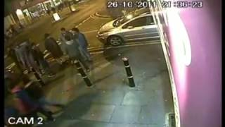 Walki uliczne 2 przeciwko 6 pseudo gangsterów