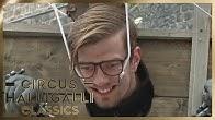 Aushalten: Wer hält länger am Pranger aus? | 1/2 | Circus Halligalli Classics | ProSieben
