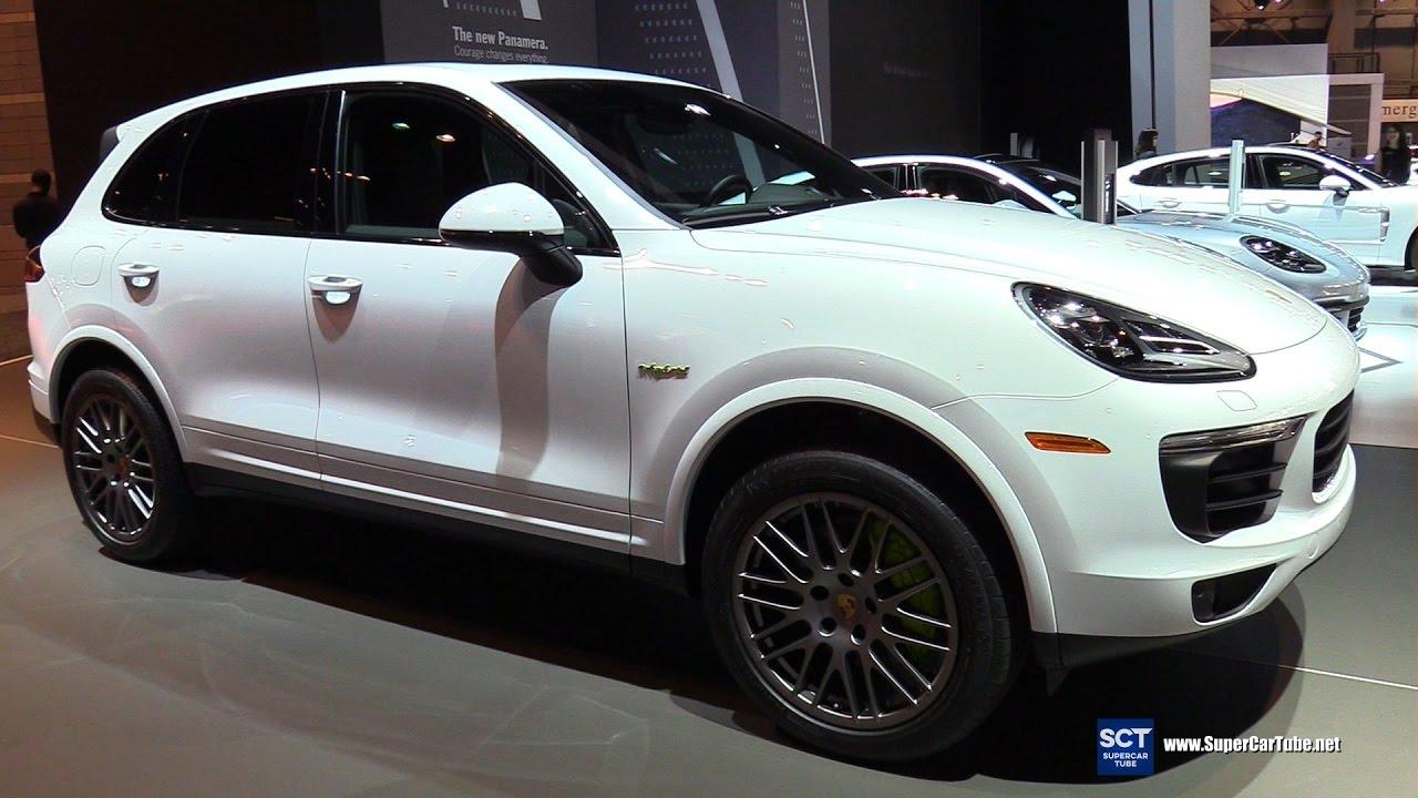 2017 porsche cayenne s e hybrid platinum edition exterior interior walkaround 2017 chicago auto. Black Bedroom Furniture Sets. Home Design Ideas