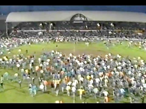 Middlesbrough Boro 1986-87 end of season review STEVE GIBSON