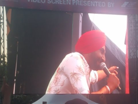 Ranjit Bawa - Chandigarh Returns (3 Lakh) (Live Performance @ Surrey Fusion Festival 2018)