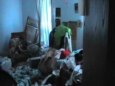 Part 1 hoarder house unattended death bio trauma scene for Cleaning out house after death